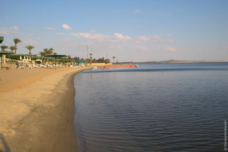 http://korovin.me/travel/egypt-8/images/ismailia07.jpg